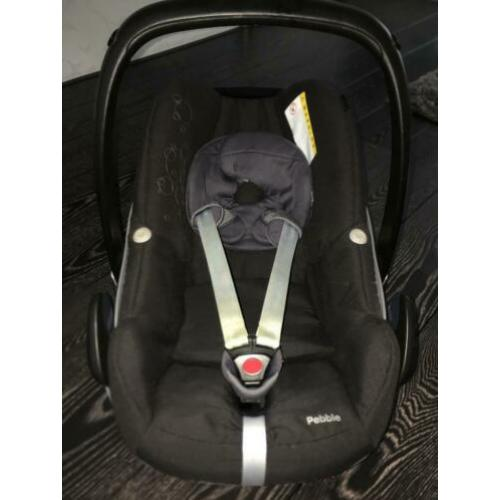 Maxi Cosi pebble black